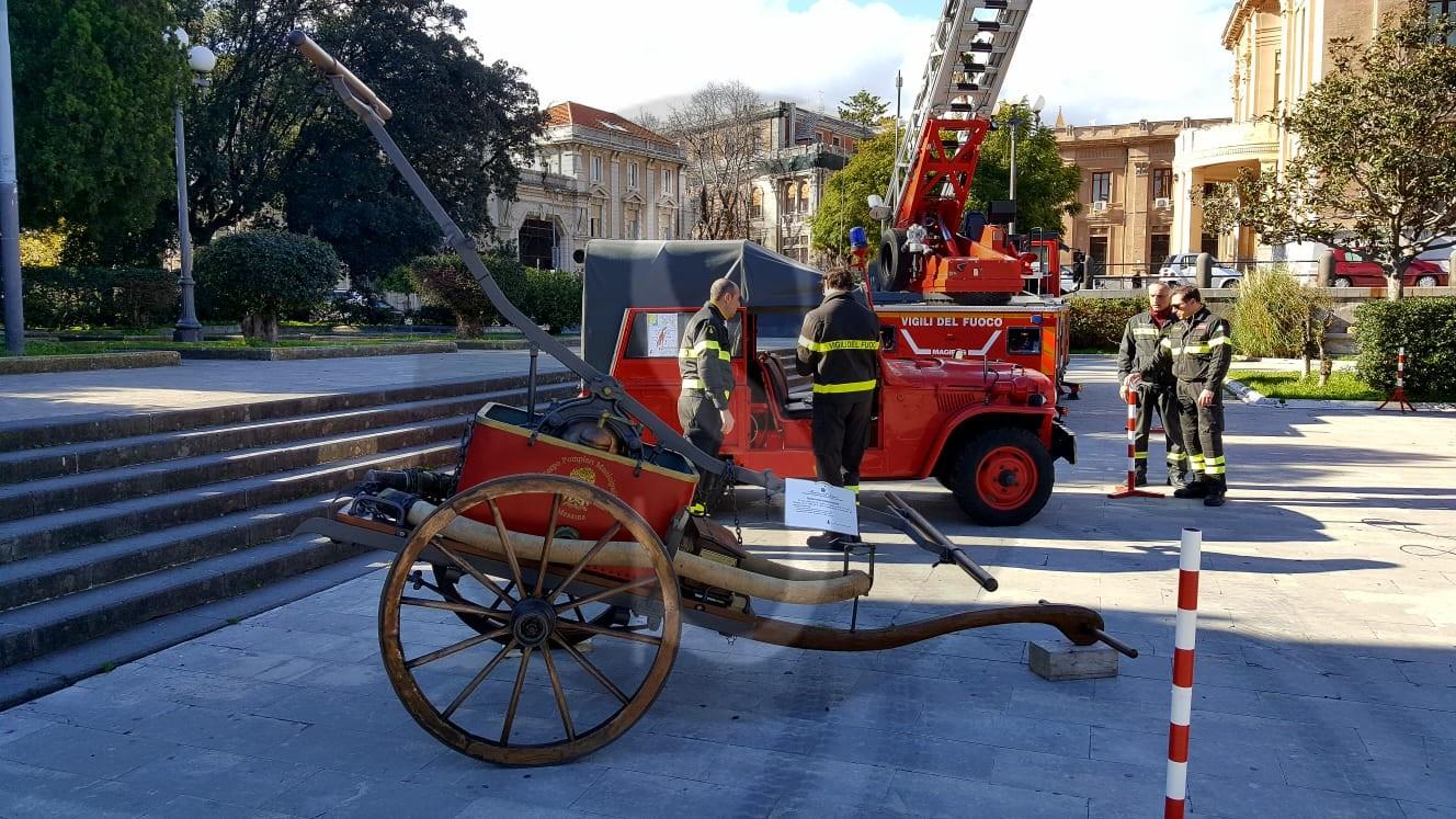 Terremoto1908. Mostra dei Vigili del Fuoco di Messina a piazza Unione Europea e a Palazzo Zanca