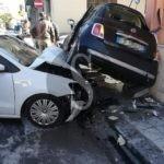 Cronaca. Barcellona PG, violento incidente tra auto in via Milite Ignoto. Due i feriti