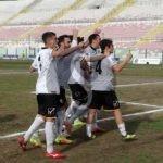 Serie D. Cocimano e Traditi regalano i tre punti al Messina, Locri battuto 2-1