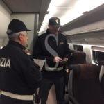 Fiumefreddo di Sicilia, si aggrappa a un treno in transito: denunciato 22enne gambiano