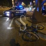 Messina, travolge ciclista e scappa. È caccia a pirata della strada