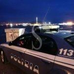 Si rifiuta di pagare un gigolò brasiliano, lui la minaccia e le ruba una collana: arrestato