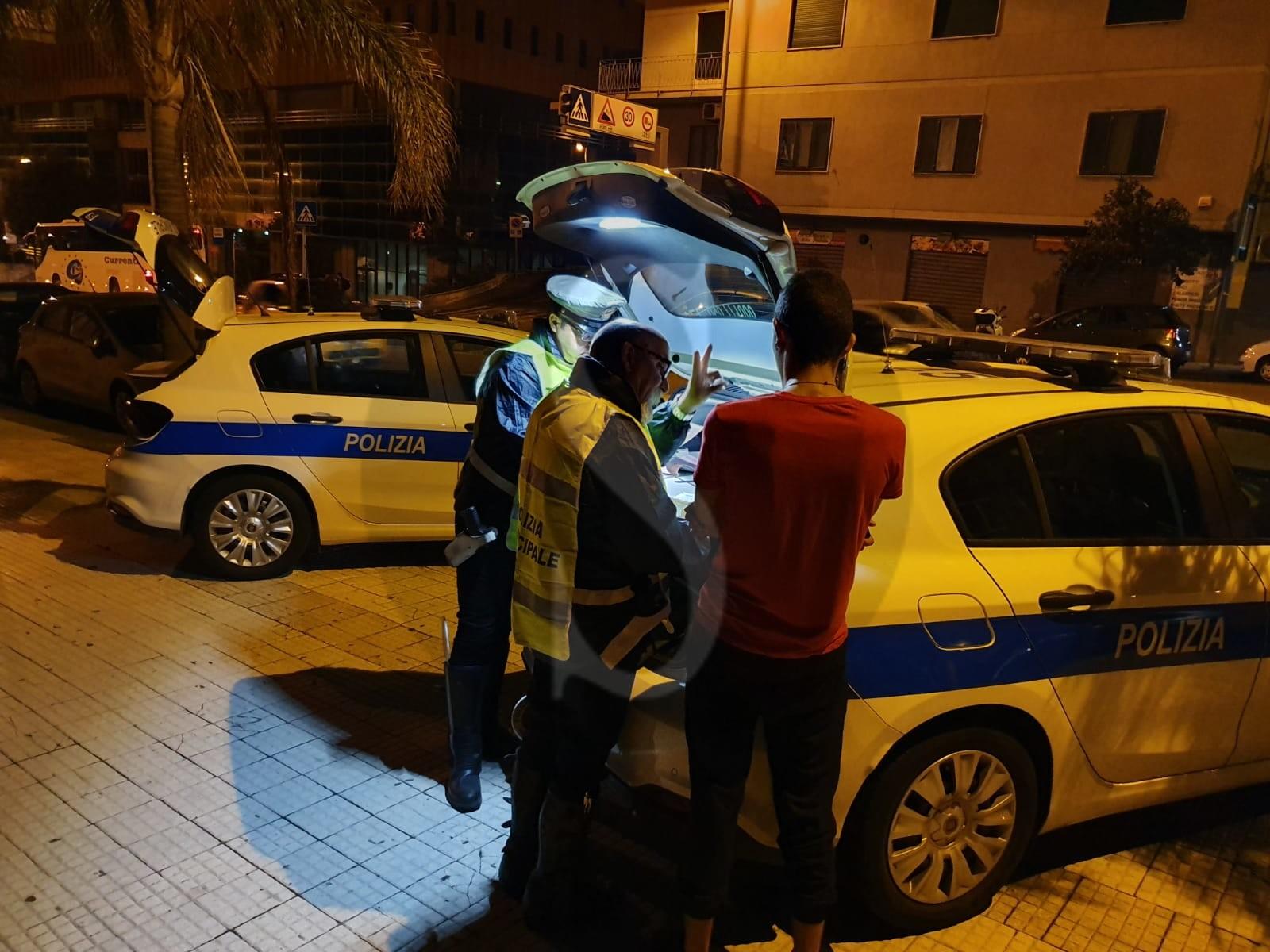 Messina, controlli a tappeto della Polizia Municipale in città: oltre 2.000 euro di multe