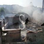 Messina, vasto incendio devasta ex camping a Tarantonio