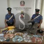 Blitz dei carabinieri di Barcellona PG a Rometta, trovano cocaina e marijuana: in carcere 55enne
