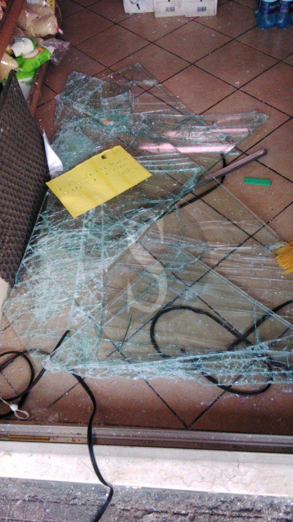 Furto e danneggiamento a esercizi commerciali, 23enne messinese finisce ai domiciliari