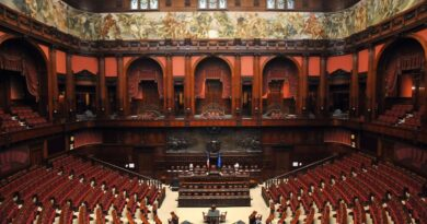 """Referendum costituzionale per la riduzione dei parlamentari: un """"NO"""" per la democrazia"""